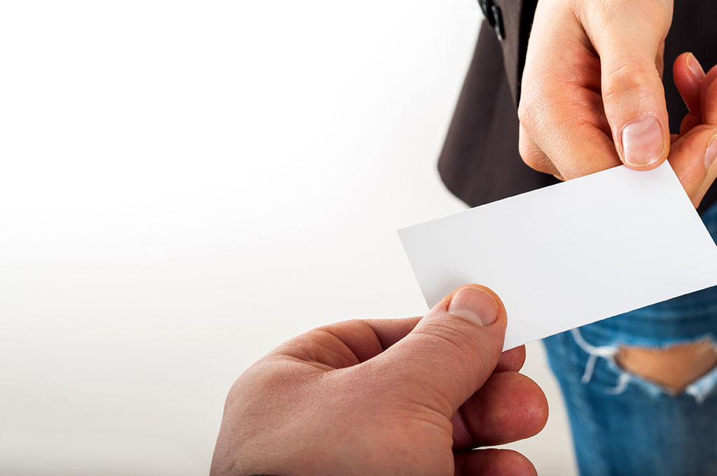 Importance of business card printing for salesman - DRB Printing